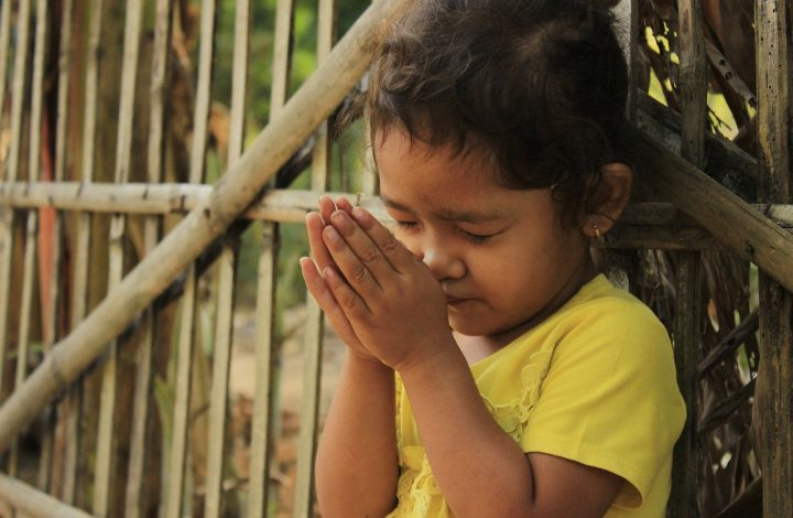 3-year old Boy's prayer melts Hearts